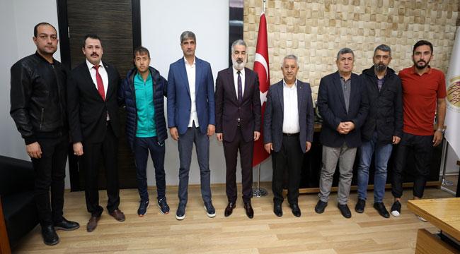 AFJET AFYONSPOR'DAN BELEDİYE BAŞKANI ZEYBEK'E ZİYARET