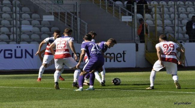 AFJET AFYONSPOR, KARDEMİR KARABÜKSPOR'U 5-0 MAĞLUP ETTİ
