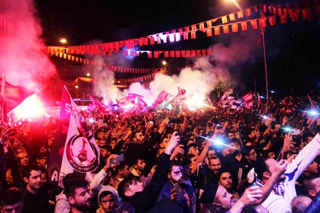 AFJET AFYONSPOR'UN SPOR TOTO 1. LİGE YÜKSELMESİ ANITPARK'TA ÇOŞKUYLA KUTLANDI
