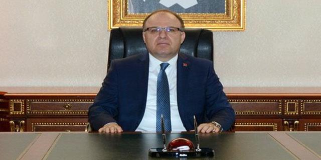 VALİ TUTULMAZ, AFJET AFYONSPOR'A BAŞARILAR DİLEDİ